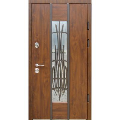 Двери Авеню улица c ковкой